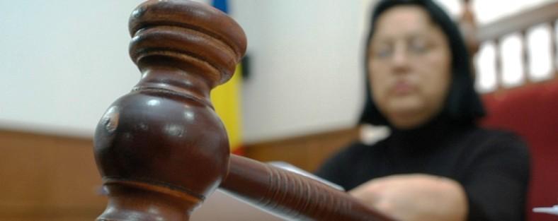 """Un avocat din Tecuci """"bate"""" în instanță PMP Galați"""